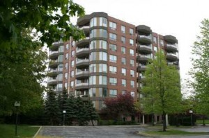 Arboretum Condos - Pilgrims Way Oakville Glen Abbey